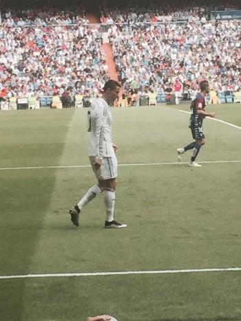 Afbeelding 1: je kon de spelers haast aanraken in Santiago Bernabéu